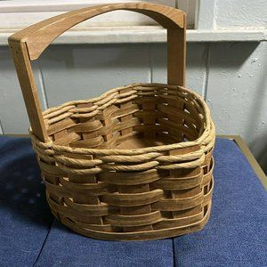 Red River Sampler Basket Heart Shaped with Handle